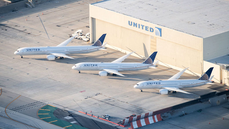 United Becomes First 'Complete' 787 Operator