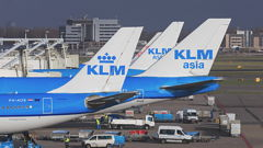Winds To Cause Amsterdam Airport Flight Cancellations