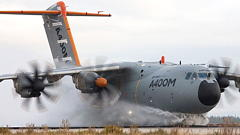 Airbus Profit Drops On A400M Charge
